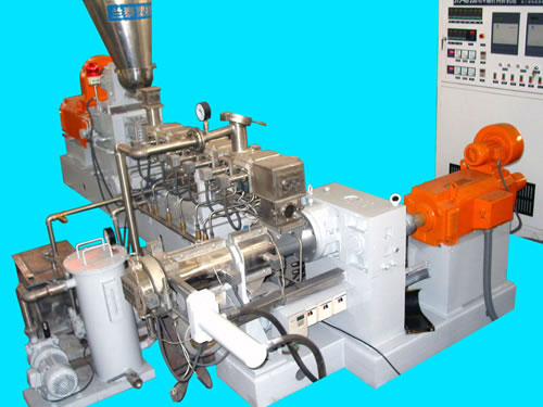 STJ Series Two-Stage Compounding Extruder
